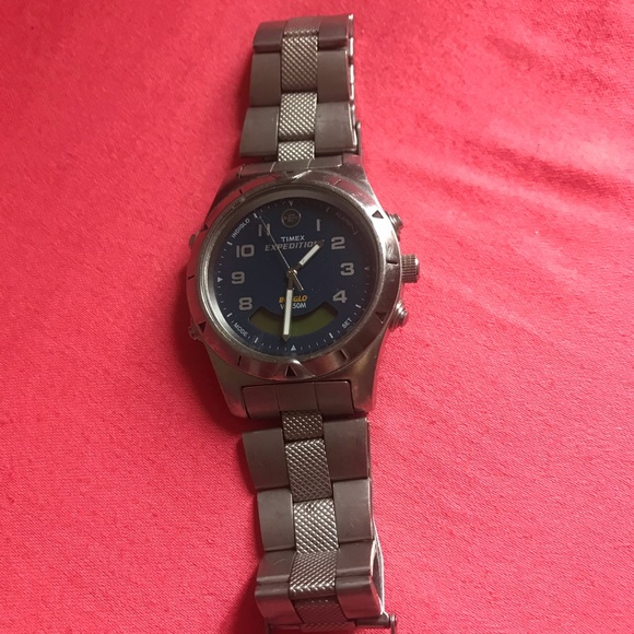 Timed expedition watch